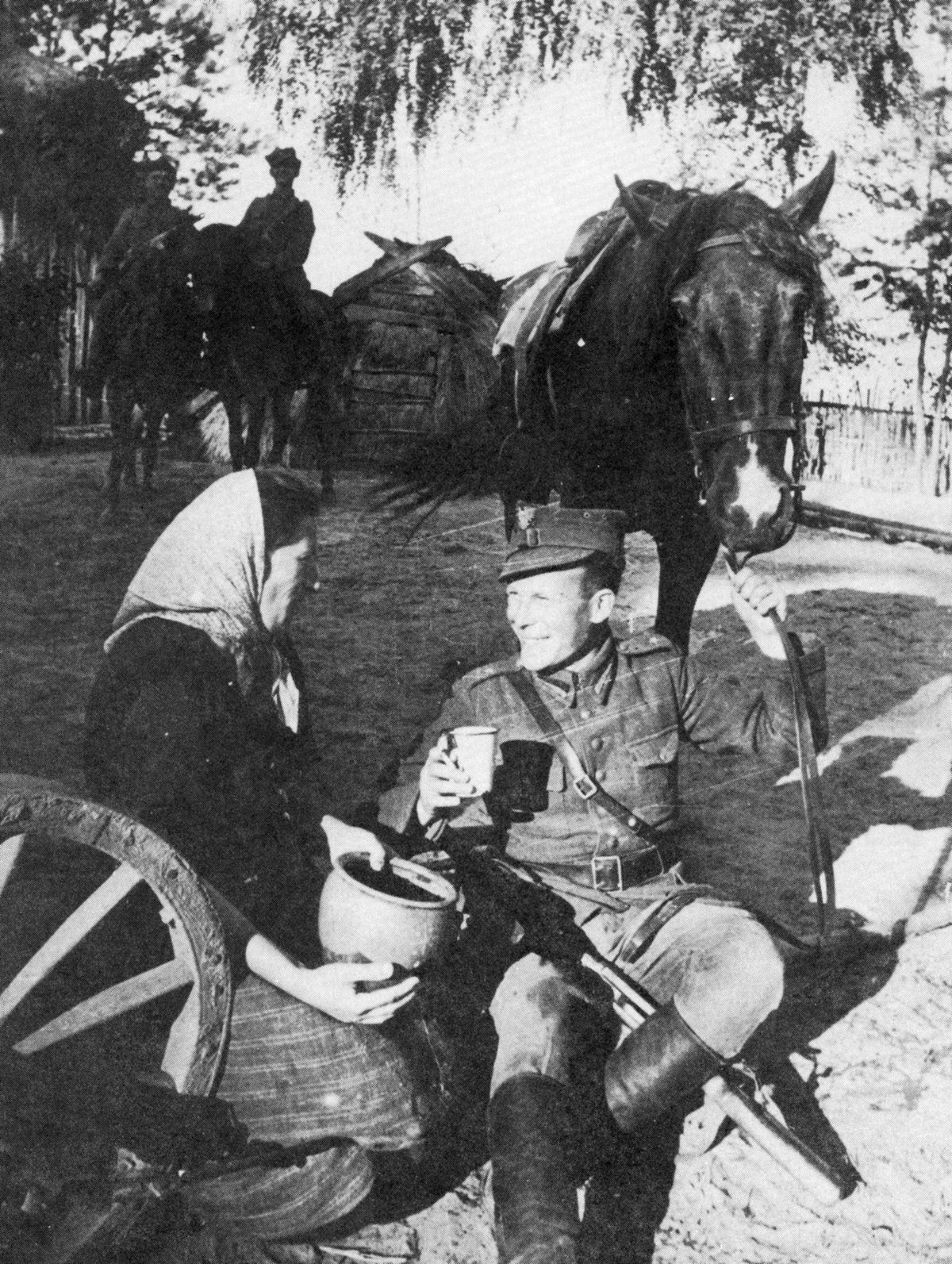 Znaczna większość żołnierzy 1. Warszawskiej Samodzielnej Brygady Kawalerii stanowili kawalerzyści rozpoczynający swoją służce jeszcze przed 1939 rokiem.