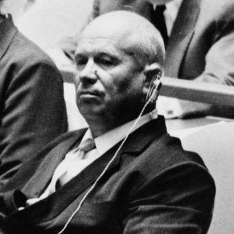 Chruszczow w trakcie Zgromadzenia Ogólnego ONZ, 1960.