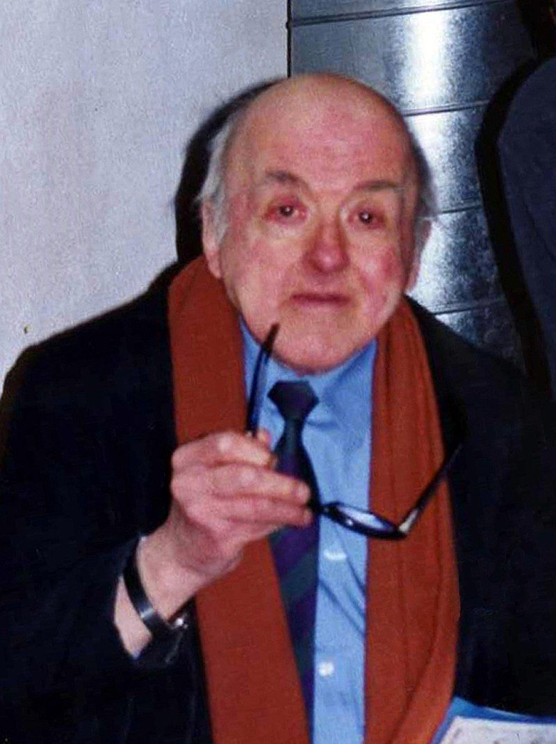 Pierre Seel był francuskim więźniem obozu koncentracyjnego i autorem wspomnień poświęconych prześladowaniom homoseksualistów przez nazistów. Podczas wojny stał się ofiarą okrutnego traktowania gejów, a także świadkiem zabójstwa swojego partnera.