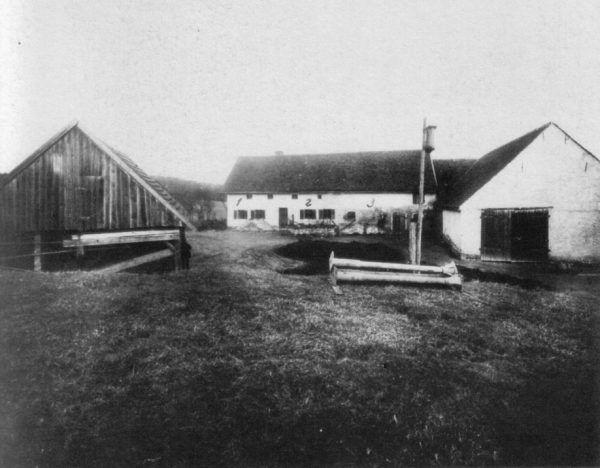 Gospodarstwo Gruberów na fotografii wykonanej 5 kwietnia 1922 roku.