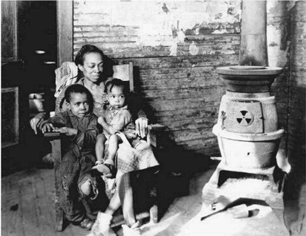 W czasie Wielkiego Kryzysu Afroamerykanie mieli gigantyczny problem ze znalezieniem nawet najgorszej posady. Fotografia pochodzi z roku 1937.