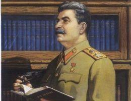 Stalin jako intelektualista? Tak przedstawiano go na propagandowych sowieckich plakatach. Dyktator uważał się bowiem za geniusza. Raz postanowił swoje błyskotliwe pomysły nawet spisać. Ze szkodą dla ludzkości...