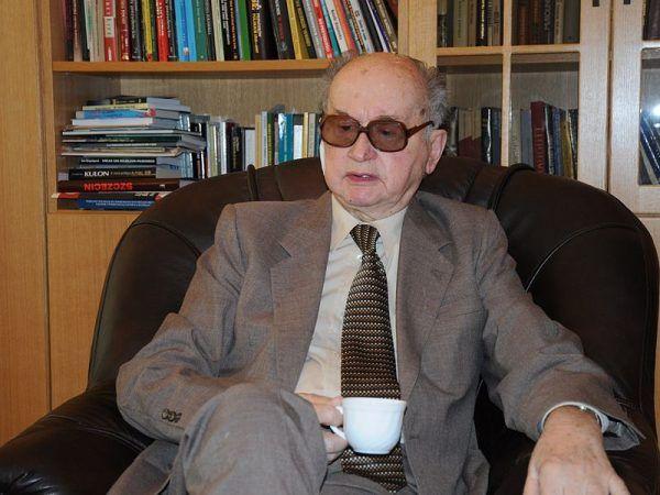 Wojciech Jaruzelski (na zdjęciu z 2009 roku) w nocy 12/13 grudnia 1981 roku stanął na czele Wojskowej Rady Ocalenia Narodowego, która sprawowała faktyczną władzę w Polsce podczas stanu wojennego. I to jemu właśnie zależało na jak najszybszym pogrążeniu opozycji.