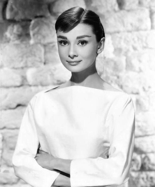 Audrey Hepburn miała w sobie świeżość i niewinność. (fot. Bud Fraker, domena publiczna)