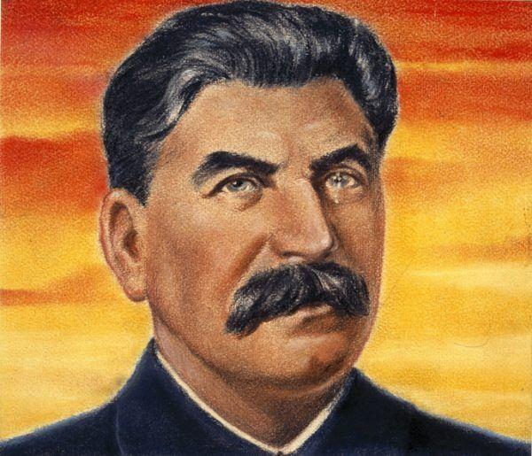 Stalin pozornie zgodził się na utworzenie niepodległej, demokratycznej Polski. Zachowanie Armii Czerwonej na polskich ziemiach wskazywało jednak, że uważa kraj nad Wisłą za strefę swoich wpływów.