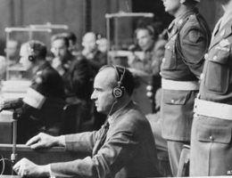 Hans Frank w Norymberdze (fot. domena publiczna).