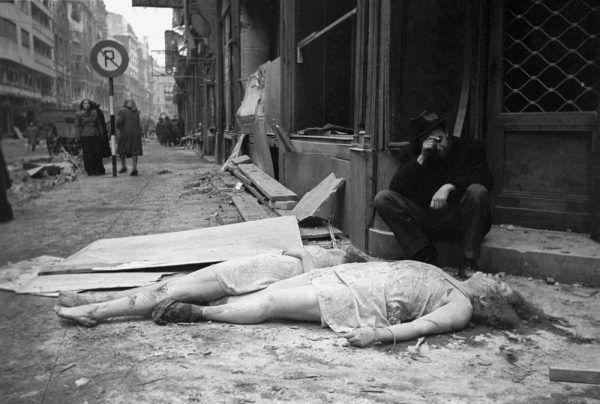 """Większość gwałconych kobiet było później mordowanych. To na tych niewinnych Niemkach """"wyzwoliciele"""" dokonywali odwetu..."""