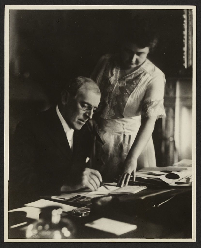 Prezydent po raz pierwszy po chorobie dał się sfotografować dopiero w czerwcu 1920. Jak bardzo musiało być źle?