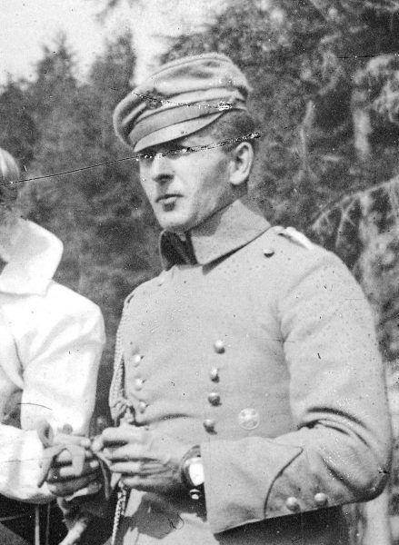 Bolesław Wieniawa-Długoszowski jako przystojny 35-latek w 1916 roku (fot. domena publiczna)