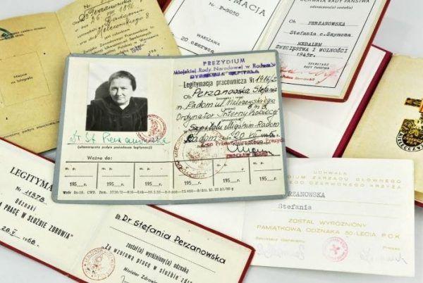 Pamiątki po doktor Stefanii Perzanowskiej znajdujące się w Muzeum na Majdanku (fot. majdanek.eu)