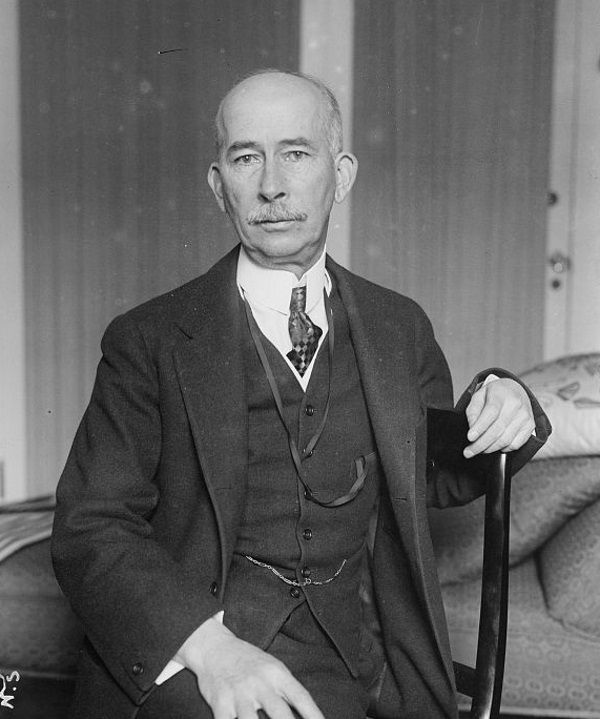 Pułkownik Edward Mandell House był jednym z najbliższych doradców prezydenta Wilsona. I zachęcał go do popierania kwestii polskiej niepodległości.