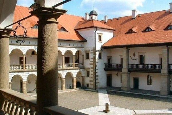 Renesansowa posiadłość w Niepołomicach. Stan obecny.
