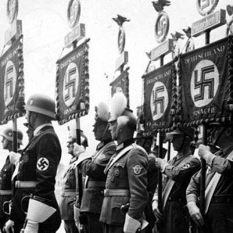 Naziści rozwinęli prawdziwą obsesję na punkcie rasowej czystości. Z biegiem lat przybierała ona na sile.