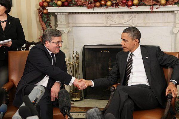 Spotkania prezydentów Komorowskiego i Obamy obfitowały w mniej lub bardziej zabawne nieporozumienia.