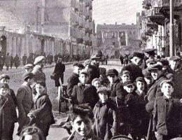 Przeludnienie, głód i choroby. Takie warunki panowały w gettach. Gdyby nie pomoc Polaków, żadne żydowskie dziecko nie przetrwałoby nazistowskiej okupacji.
