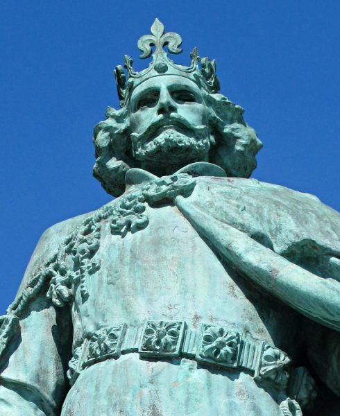 Ludwik Wielki. Posąg na Placu Bohaterów w Budapeszcie
