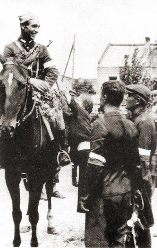 Orlik na koniu (fot. domena publiczna)