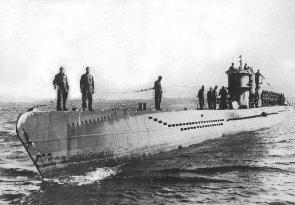 Hemingwayowi marzyło się polowanie na U-Booty, które dotarły na Morze Karaibskie.