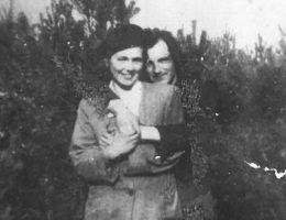Anastazja i jej ukochany mąż (fot. materiały prasowe wydawnictwa Znak Horyzont)
