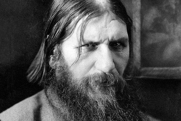 Cudotwórca? Hipnotyzer? Członek sekty? A może zwykły oszust? Jedno jest pewne, Rasputin był jednym z największych ludzi w historii Rosji.