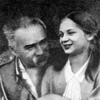 Jadwiga Piłsudska z ojcem (fot. domena publiczna)