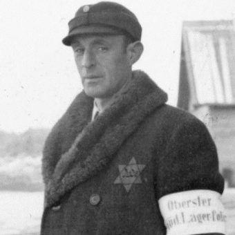 Kapo z obozu Salaspils na terenie okupowanej Litwy.