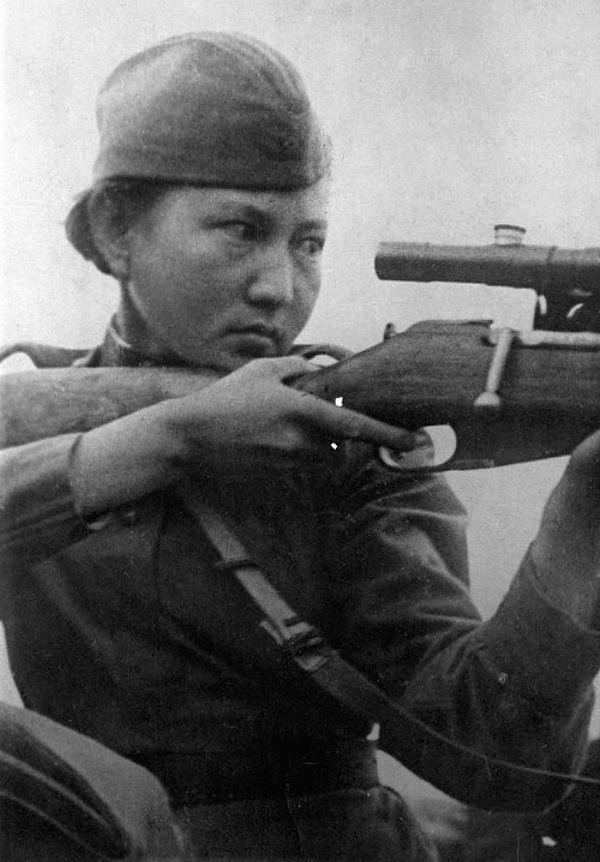 Alija Mołdagułowa (fot. domena publiczna)
