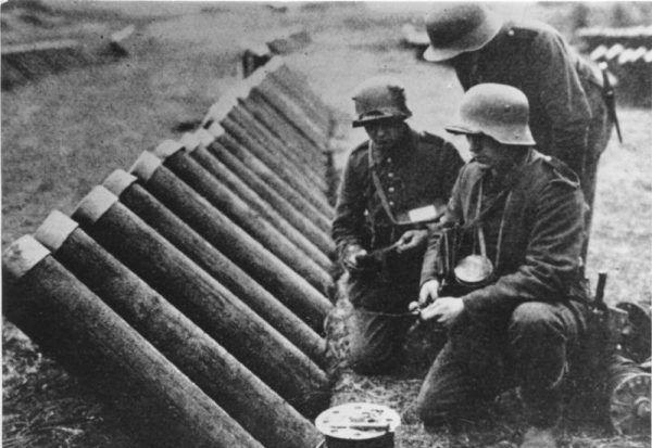 Żołnierzy, u których widać było objawy nerwicy, początkowo często uznawano za tchórzy i symulantów.