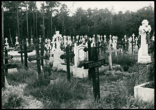 Cmentarz w Jastarni. Fotografia z 1935 roku