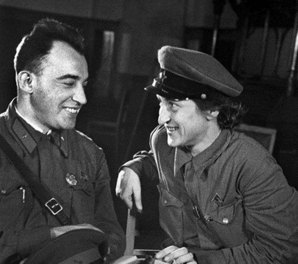 """""""Brunatne zbiry"""" i """"hitlerowskie psy"""" - to jedne z wielu określeń, jakich Wanda Wasilewska używała w stosunku do nazistów."""