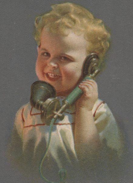 Dziecko ze słuchawką telefoniczną. Pocztówka z początku XX wieku