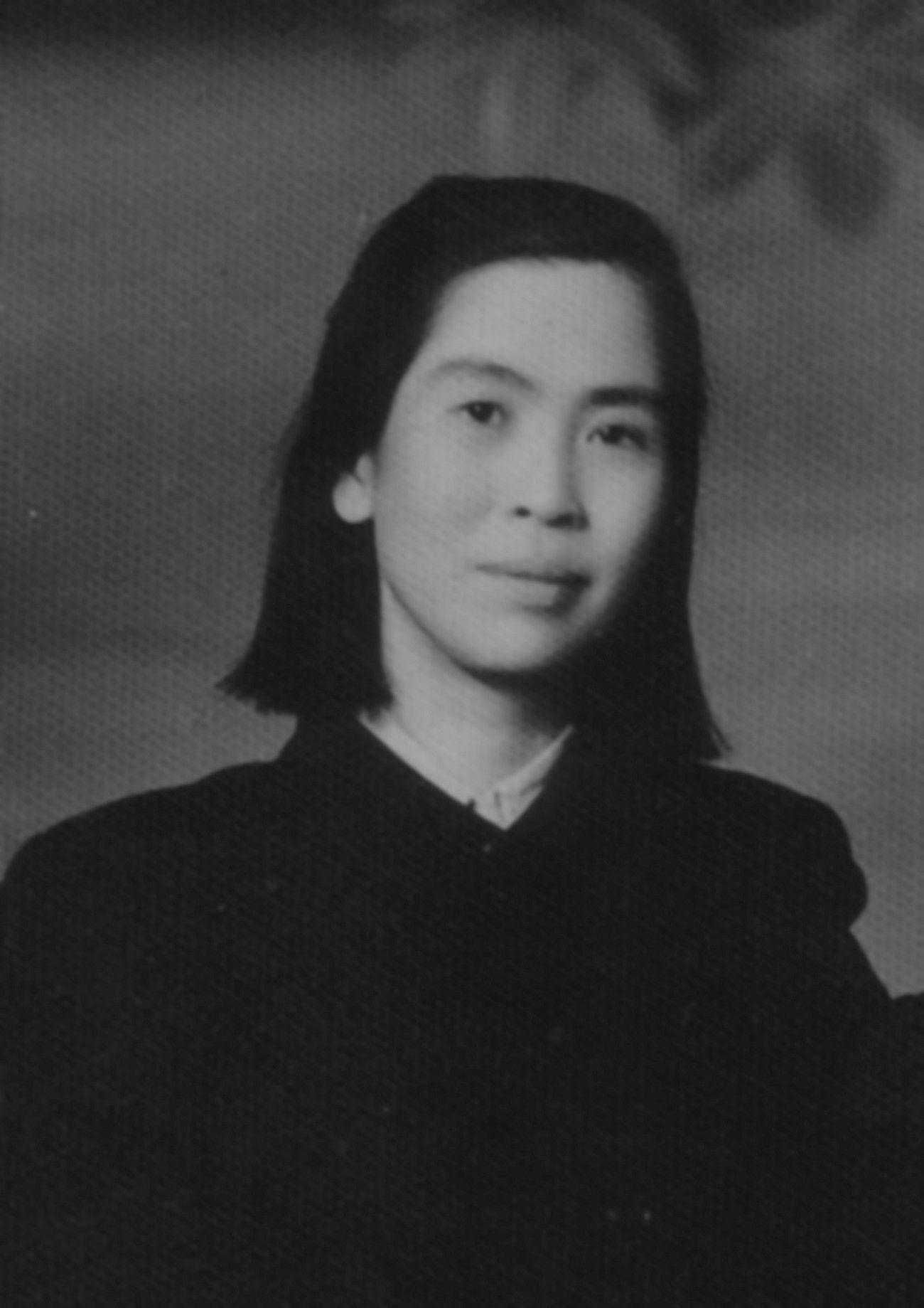 """Mao nie miał litości również dla najbliższych. Swoją trzecią żonę He Zizhen kazał zamknąć w zakładzie psychiatrycznym. Zdjęcie z książki """"Kobiety despotów""""."""