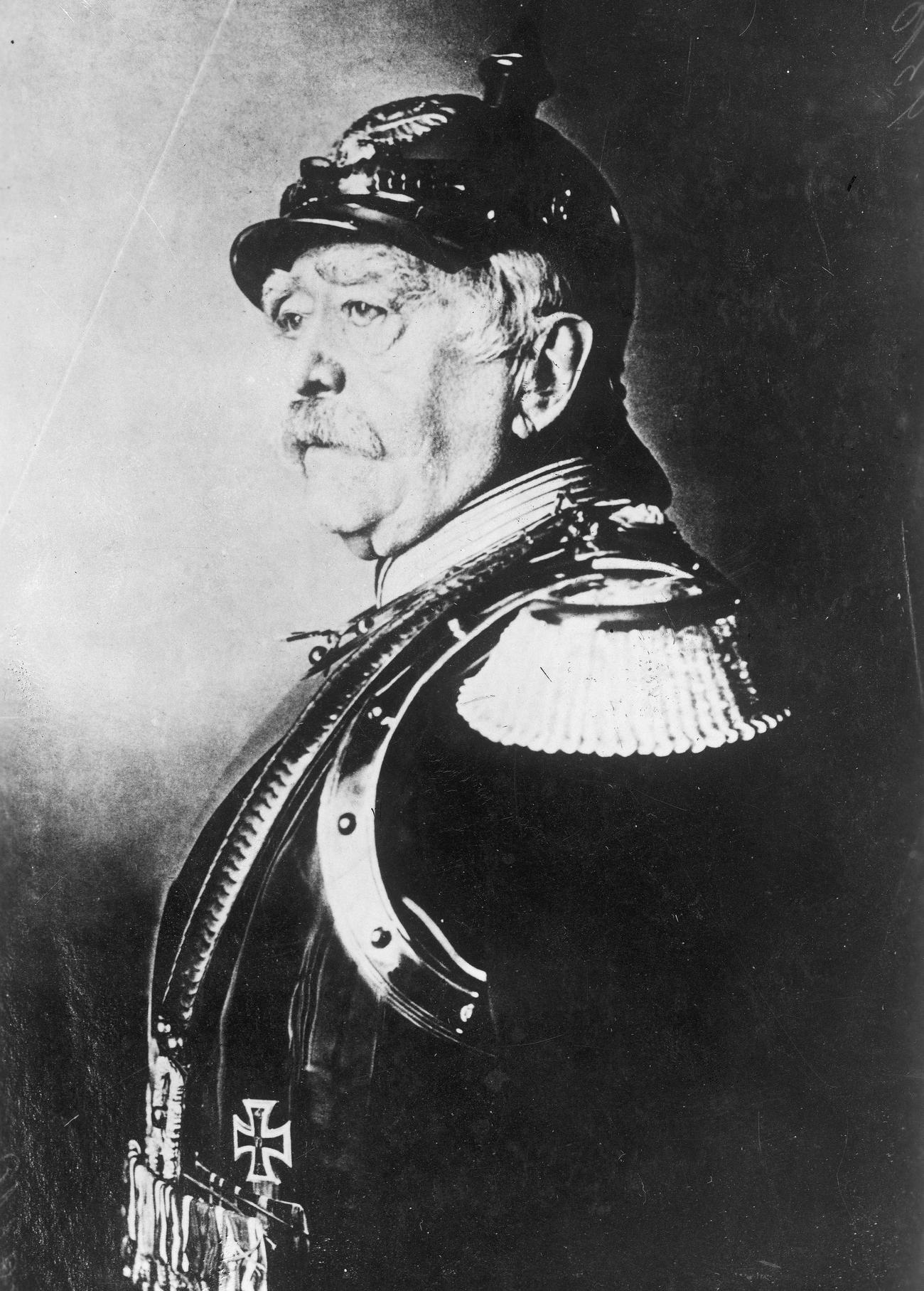 Kanclerz Otto von Bismarck był wściekły gdy dowiedział się o tym jak poczynali sobie w Kamerunie Rogoziński i Janikowski.