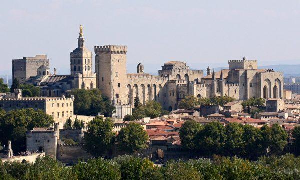 Pałac papieski w Awinionie. Fotografia współczesna
