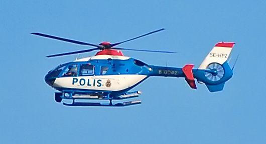 Szwedzki helikopter typu EC 135, używany przez tamtejszą policję do ścigania przestępców.