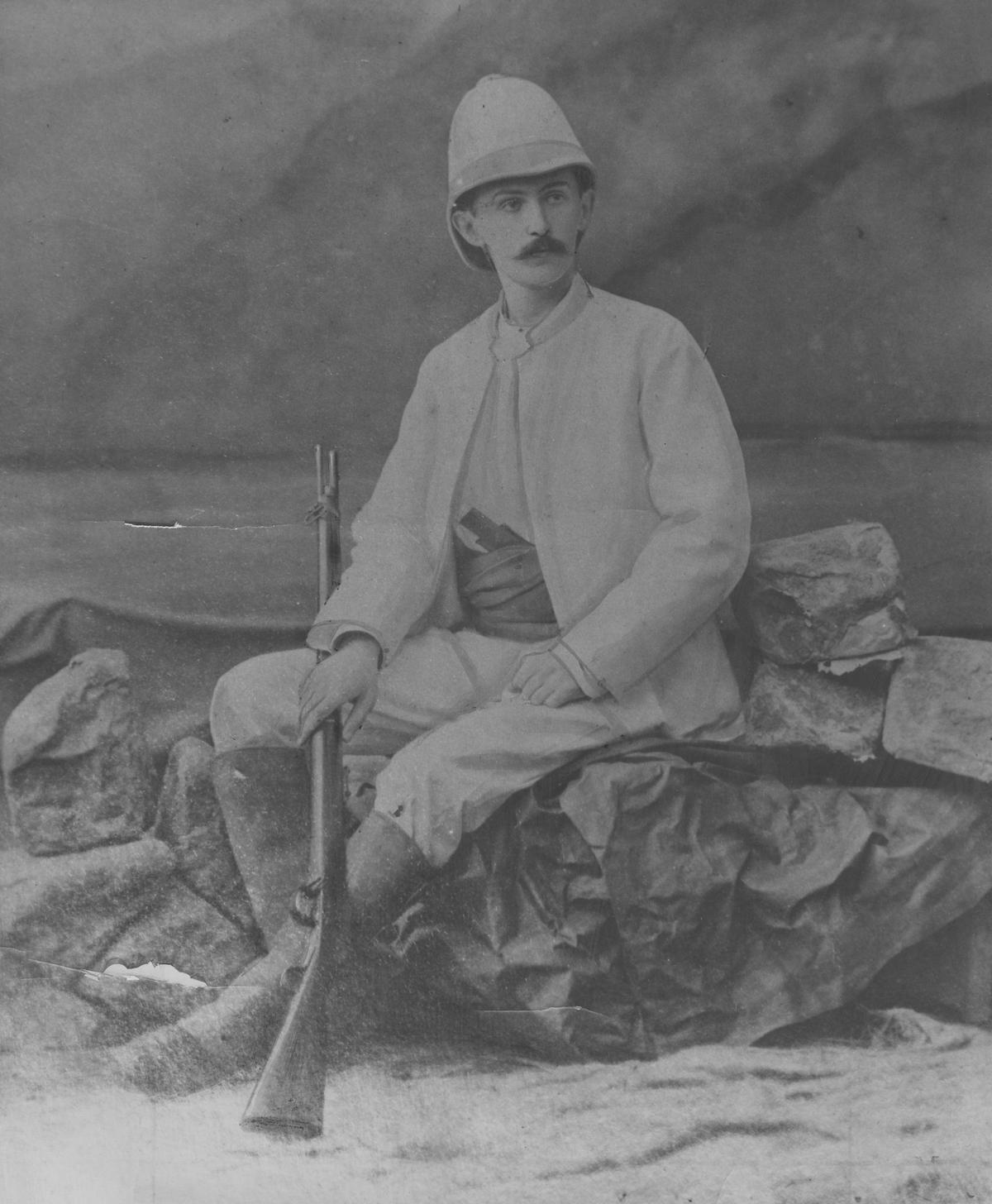 Stefan Szolca-Rogoziński bez szwanku wyszedł z wyprawy do Afryki, ale spotkanie z paryskim omnibusem skończyło się dla niego tragicznie.