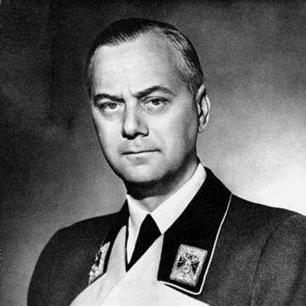 Alfred Rosenberg (fot. Bundesarchiv, Bild 183-1985-0723-500, Bauer, Friedrich Franz, lic. CC-BY-SA 3.0)