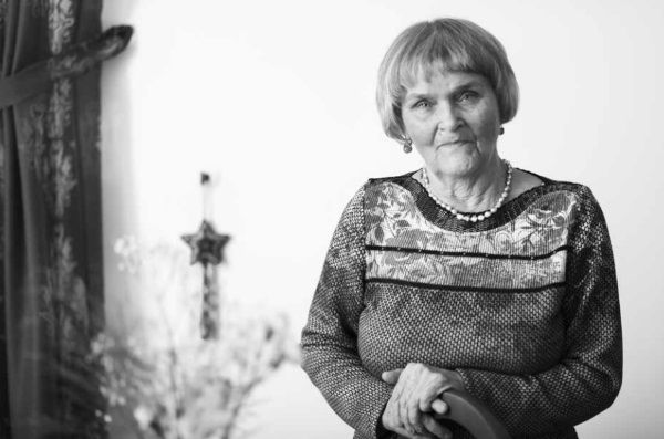 Janina Kalinowska. Zdjęcie pochodzi z książki Anny Herbich Dziewczyny z Wołynia, która właśnie ukazała się nakładem wydawnictwa Znak Horyzont. (fot. Rafał Guz, materiały prasowe wydawnictwa Znak Horyzont).