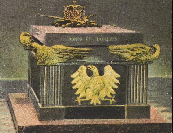 Grobowiec Władysława Hermana i Bolesława Krzywoustego w płockiej katedrze.