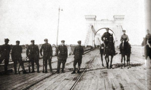 Wojsko II Rzeczpospolitej zajęło Kijów w maju 1920 roku. Sowiecka kontrofensywa przerwała jednak wkrótce pasmo polskich sukcesów...