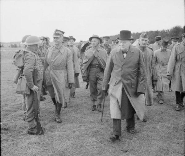 Churchill przyklasnął planom odbicia z rąk rządu Vichy polskiego złota. Nie znaczyło to jednak, że zamierza je oddać Polakom.