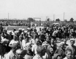 Niejeden więzień obozu myślał o ucieczce. Tym trudniej było podjąć decyzję, że na represje narażał nie tylko siebie...