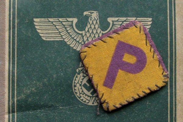 Polki zmuszane do pracy w III Rzeszy otrzymywały specjalne naszywki, które odróżniały ich od ludności niemieckiej.