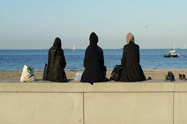 W Dani rodziny muzułmańskie mogą liczyć na finansowe wsparcie finansowe, co zachęca je do emigracji.