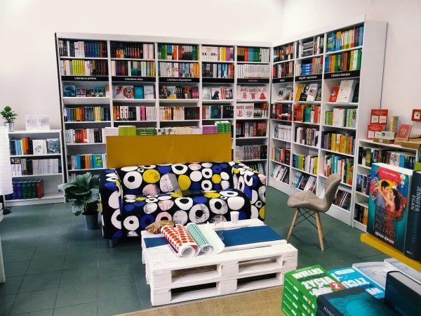 Teraz możecie odebrać książki zamówione na Paskarz.pl jeszcze tego samego dnia w Krakowie na ulicy Kalwaryjskiej 51.