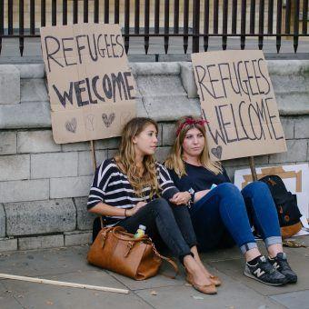 Uchodźcy mile widziani (R4vi, lic. CC BY SA 2,0).