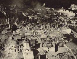 Mimo że w Wieluniu nie było polskich wojsk Niemcy obrócili miasto w gruzy.