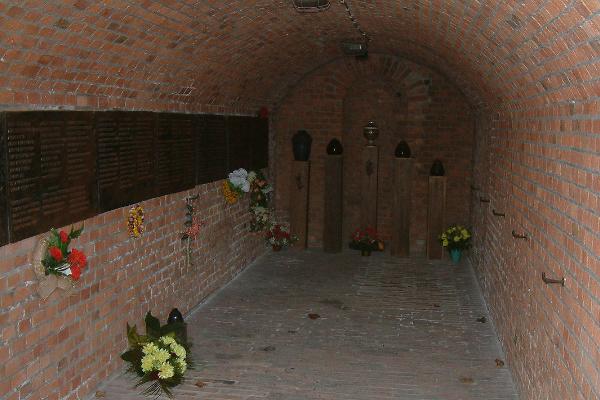 Schron numer 17 na trenie Fortu VII w Poznaniu. To ta Niemcy zainstalowali komorę gazową.