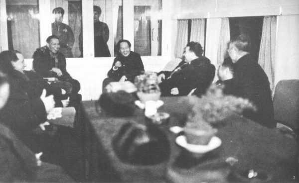Mao długo zabiegał o spotkanie ze Stalinem. Zdjęcie z podróży do Moskwy w 1940 roku.