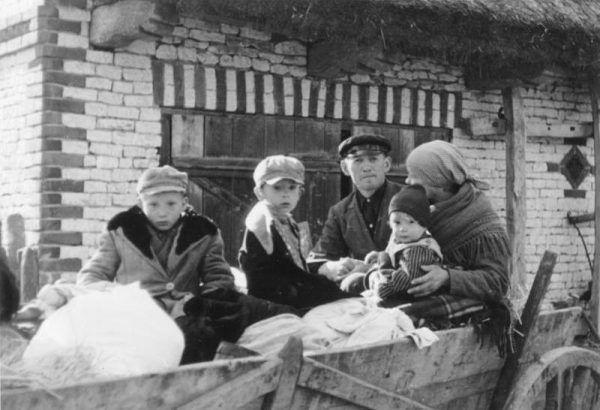 Niemcu w czasie okupacji mogli uprowadzić nawet 200 000 polskich dzieci.